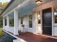 10 Front Porches Perfect For A Lazy Summer Day