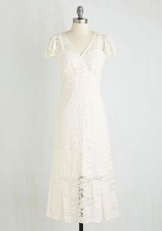You're alight with ethereal elegance the moment you don this white lace dress from Stop Staring! Accentuated by tiered, flutter sleeves and satin piping along its surplice neckline, this floral frock enchants with beauty.