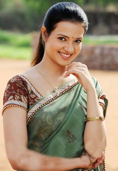 Saloni Aswani Height, Weight, Age, Affairs, Wiki & Facts. Net worth ...