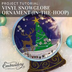 New embroidery hoop ornaments vinyl Ideas Sewn Christmas Ornaments, Vinyl Ornaments, Christmas Stencils, Christmas Sewing, Christmas Embroidery, Christmas Ideas, Merry Christmas, Embroidery Hoop Crafts, Embroidery Flowers Pattern