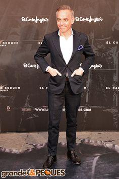 Joaquín Torres.  Premiere de El Caballero Oscuro: La Leyenda Renace.  http://grandesypeques.com/index.php/actualidad-y-noticias/222-premiere-de-el-caballero-oscuro-en-conexion-con-londres