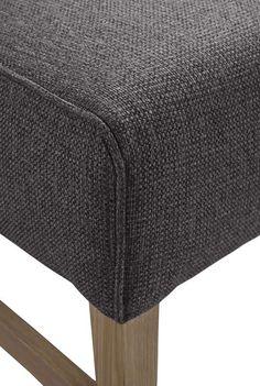 Detail eetkamerstoel Mesano | Voor meer informatie en de diverse mogelijkheden kijkt u op www.prontowonen.nl #ProntoWonen #stoelen #woonkamer #eetkamer #interieur
