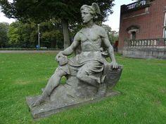 Beeld Mercurius van Egidius Everaerts voor Huis Heyendaal.