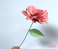 Rosa de papel linda e quase de verdade