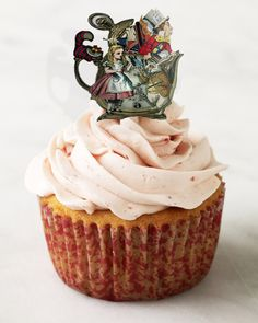Alice in Wonderland cupcake toppers instant download DIY by Raidersofthelostart on Etsy https://www.etsy.com/au/listing/174222293/alice-in-wonderland-cupcake-toppers