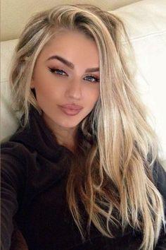 Platinum Blonde Balayage, Brown Blonde Hair, Platinum Highlights, Balayage Highlights, Blonde Wig, Blonde Eyebrows, Color Highlights, Blonde Color, Balayage Hair