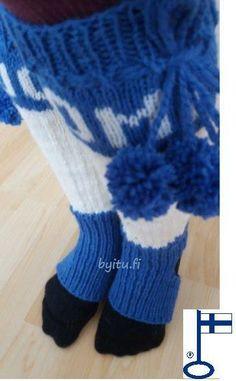 Ritva säärystimet Jenkka SUOMI2017 sininen Itu, Gloves, Socks, Winter, Fashion, Hosiery, Winter Time, Moda, Fasion