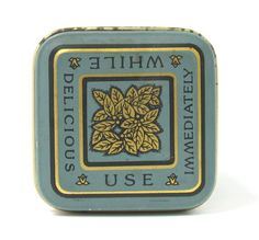 top of Ocean Queen tea tin, reads 'While Delicious Use Immediately'