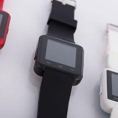 Smartwatch BTSA110 med lyd, sort farge. 2-års garanti | Satelittservice tilbyr bla. HDTV, DVD, hjemmekino, parabol, data, satelittutstyr Smart Watch, Watches, Smartwatch, Clocks, Clock