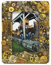 Steampunk Picture Frame Tutorial #DIY #howto
