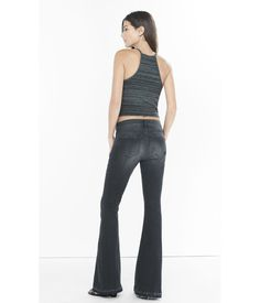 https://cdna.lystit.com/photos/fab1-2015/10/23/express-pitch-black-faded-black-wash-mid-rise-bell-flare-jean-product-2-592376306-normal.jpeg