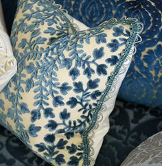 Designers Guild - Fabrics & Wallpaper Collections, Furniture, Bed and Bath, Paint, and Luxury Home Accessories -