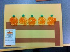 Pumpkin Theme Craft for Preschool. 5 Little Pumpkins sitting on a gate.