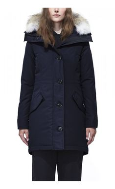 Looking for Canada Goose Rossclair Genuine Coyote Fur Trim Down Parka ? Check out our picks for the Canada Goose Rossclair Genuine Coyote Fur Trim Down Parka from the popular stores - all in one. Canada Goose Parka, Canada Goose Jackets, Down Parka Women, Tricot Fabric, Parka Style, Womens Parka, Silhouette, Navy Women, Black Women