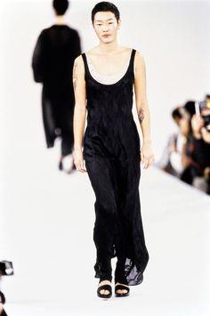 Calvin Klein Collection Spring 1994 Ready-to-Wear Fashion Show - Jenny Shimizu