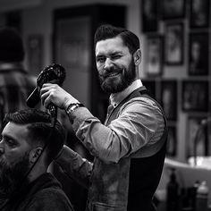 imonkeyaround:  #savillsbarbers Savills barber @honkytonk86 hard at work on our photo shoot today , photo taken by @iaredom  @Joan Thigpen Davies