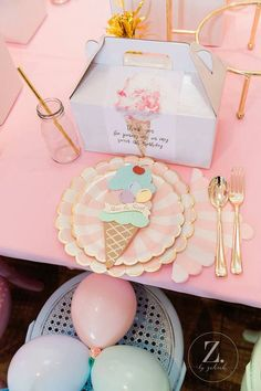 Here is the Scoop Pastel Ice Cream Party .- Hier ist die Scoop Pastel Ice Cream Party Here is the Scoop Pastel Ice Cream Party - First Birthday Parties, Birthday Party Decorations, First Birthdays, Birthday Bash, Pastel Party Decorations, Ice Cream Decorations, Birthday Ideas, Birthday Centerpieces, Craft Party
