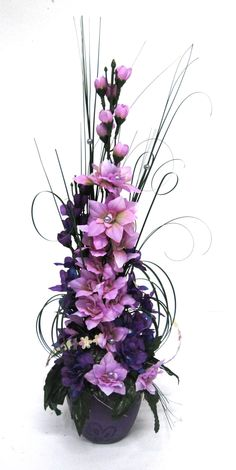 Diy And Crafts, Plants, Lilac, Planters, Plant, Planting, Planets