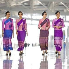 Uniforme hotesse de l air stewardess cabin crew thai for Spa uniform bangkok