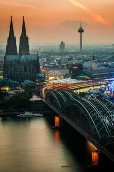 plasmatics-life:  Sunset over Cologne ~ By Sebastian Leistenschne