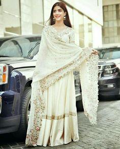 Latest Pakistani Fashion News , Latest Fashion Updates and Trends , Karachi Lahore Islamabad Fashion Events , Beach Huts , Interior Design Home. Pakistani Wedding Outfits, Pakistani Dresses, Indian Dresses, Indian Outfits, Eid Outfits, Pakistani Couture, Pakistani Dress Design, Indian Attire, Indian Wear