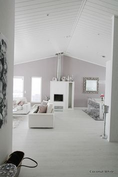 Such a great, airy open plan living-dining area | KIVIK sofas