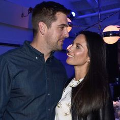 Stephen Colbert Tricks Olivia Munn's Mom Into Thinking She's Engaged to Aaron Rodgers | E! Online