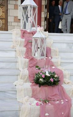 decor wedding New Ideas For Stairs Decoration Wedding Aisle Runners Tulle Wedding Decorations, Ceremony Decorations, Wedding Themes, Wedding Bouquets, Wedding Flowers, Bling Wedding, Decor Wedding, Wedding Colors, Wedding Dresses