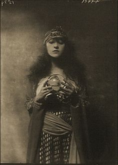mystic- pictures like this were all over my grandmother's house....