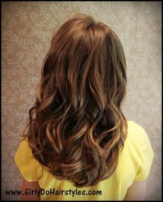 Girly Do Hairstyles: By Jenn: Curls Our Way {PERFECT} - Don't curl from the bottom up! Follow her way!