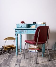#escritorio #escritoriovintage #gamer #juvenil #bluedecor #blusedesign #mueblesrestaurados #interior #homeideas #rustico #mueblesantiguos #mesa Office Desk, Corner Desk, The Originals, Furniture, Home Decor, Modern Desk, Wooden Desk, Refurbished Furniture, Antique Furniture