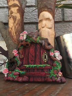 Sculpture Clay, Sculptures, Fairy Doors, Polymer Clay Creations, Grapevine Wreath, Gnomes, Grape Vines, Craft Ideas, Diy Crafts