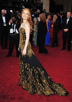 Oscars 2012: Jessica Chastain in Alexander McQueen. Stunning, dramatic and intricate, yet not over fussy.