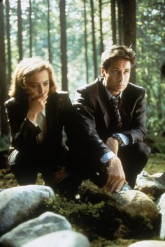 scully and mulder Ghost Movies, Dana Scully, Trust No One, David Duchovny, Amazing Spiderman, Criminal Minds, Gillian Anderson, Cinema, Star Wars