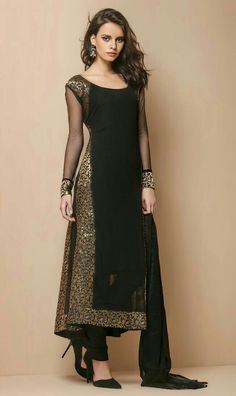 Black kurtha is always best for parties Indian Attire, Indian Wear, Indian Suits, Ethnic Fashion, Asian Fashion, Desi Clothes, Indian Couture, Kurta Designs, Pakistani Outfits