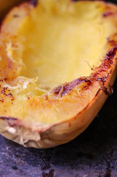 How to Cook Spaghetti Squash Boats -savory thoughts - Here's the right way to cook spaghetti squash boats! This method will leave you with a juicy, tender, spaghetti-like experience every single time Spaghetti Squash Boat, Spaghetti Squash Recipes, Squash Boats, Low Carb Recipes, Cooking Recipes, Meat Sauce, Food To Make, Meals, Dinners