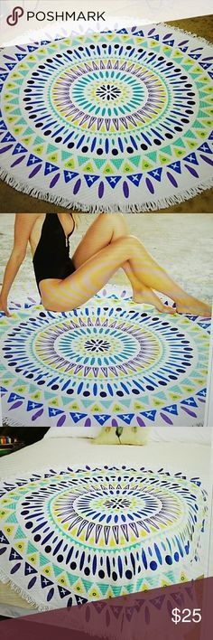 """ROUND BEACH TOWEL. TERRY CLOTH Printed round beach towel with tassel. Approx. 61"""" diameter.  Great for beach, picnic, wall hanging, table cover, bed accent.  So many great uses. NWOT. Never Used. Accessories"""
