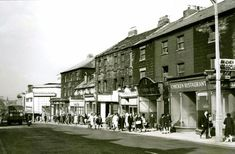 West Street Gateshead (Shepards at the bottom of pic) Old Pictures, Old Photos, Then And Now Photos, Old Photographs, Old Postcards, Newcastle, Street View, The Incredibles, Black And White