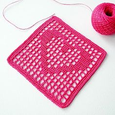 2 Hearts Filet Coaster Free Crochet Pattern from Pani Annfilet coaster - Free written pattern with chart, square with hook.Anabelia craft design - 12 Free pattern crochet projects for Valentine's Day Size: The coaster is 4 cm) square, including edgin Filet Crochet, Crochet Chart, Crochet Motif, Crochet Stitches, Crochet Blocks, Granny Square Crochet Pattern, Crochet Squares, Crochet Blanket Patterns, Granny Squares