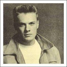 Larry Mullen Jr Irish Rock, Larry Mullen Jr, Bono U2, Adam Clayton, U 2, Cool Bands, Sexy Men, Beautiful People, Handsome