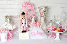 The Prettiest Pink Christmas Desserts Party Table frostedevents.com Target…