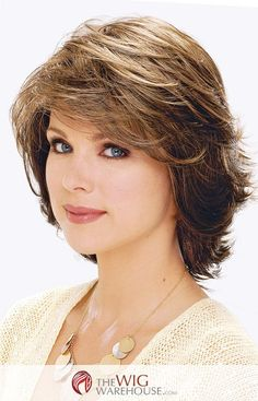 The page cut never truly goes out of style. The Natalie by Estetica Designs has taken this classic shoulder-length style to the next chic step, with a lovely layered look that is as versatile as it is Pretty Hairstyles, Bob Hairstyles, Step Cut Hairstyle, Hairstyle Short, Medium Hair Styles, Curly Hair Styles, Medium Layered Hair, Layered Haircuts, Shoulder Length Hair