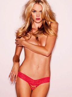 Lindsay Ellingson hot on actressbrasize.com http://actressbrasize.com/2014/07/05/lindsay-ellingson-bra-size-body-measurements/