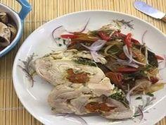 Roulet de Pollo Relleno con Petit Panache - Comidas One Coco, Mexican, Meat, Chicken, Ethnic Recipes, Stuffed Chicken, Meals, Buffalo Chicken, Rooster