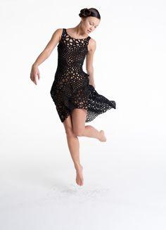 Le MoMA vient d'acquérir la première robe imprimée en 3D d'un seul coup | The Creators Project
