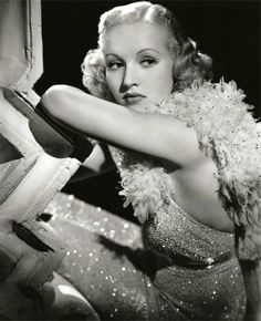 Betty Grable,1937.