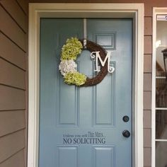 Front door decor - Love this wreath! I could do this!