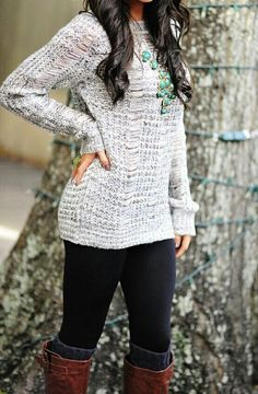 Hang woven long sweater with black leggings for fall