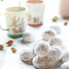 Cookie Friday: Almond-Rum Snowballs