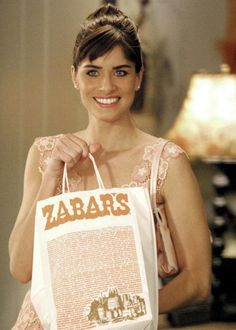 Amanda Peet with her Zabar's takeout in Something's Gotta Give, 2003